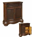 Pulaski Furniture Chest 17033